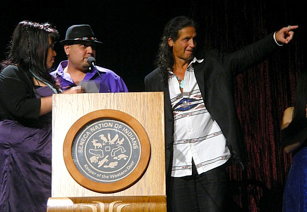 2011 (7)